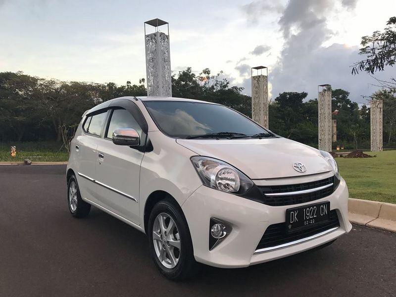 gallery bali nusa rent car with driver self drive in bali best exsperience happy customer 06. Black Bedroom Furniture Sets. Home Design Ideas